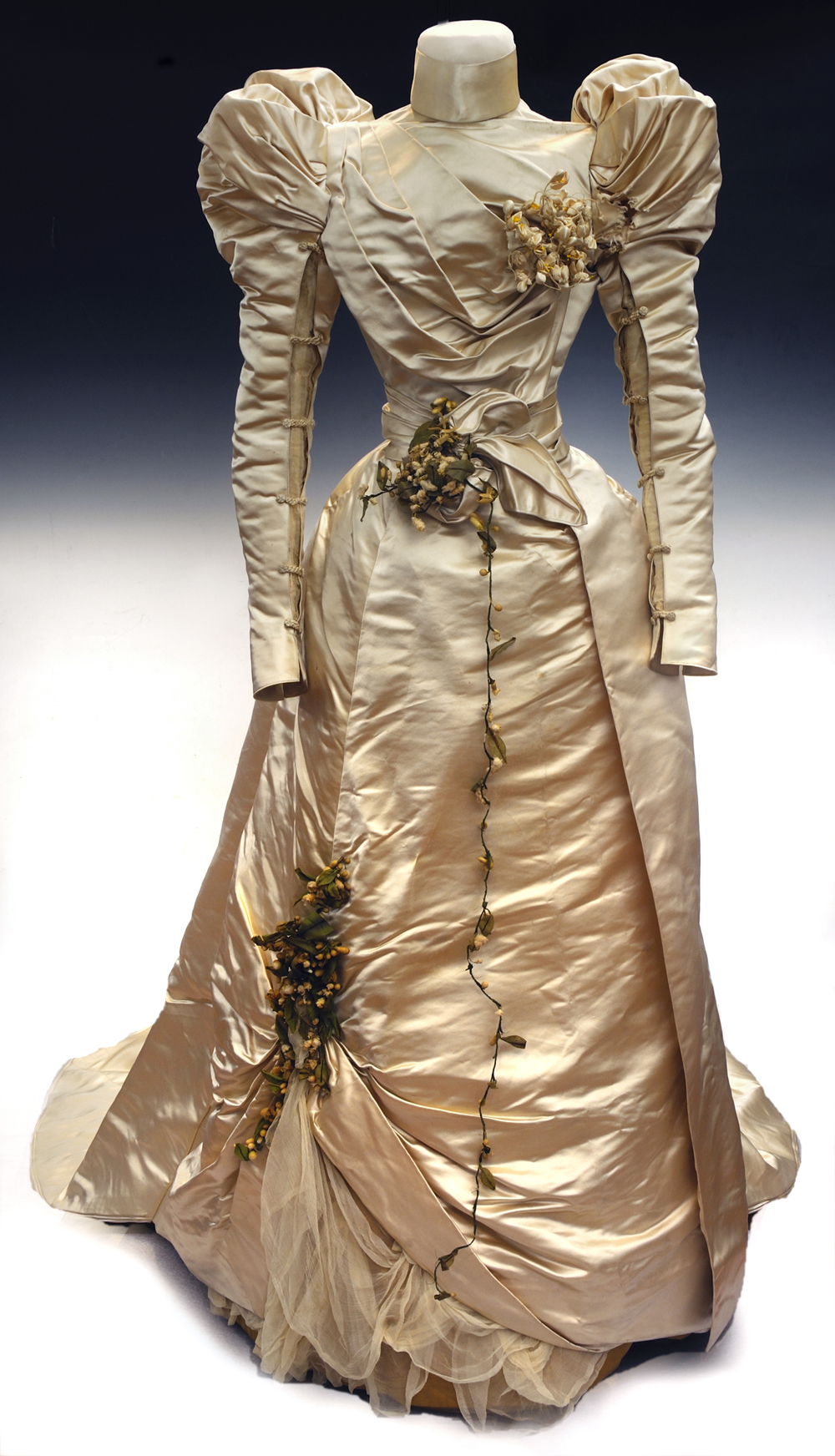 Wedding dress by the House of Worth, 1897