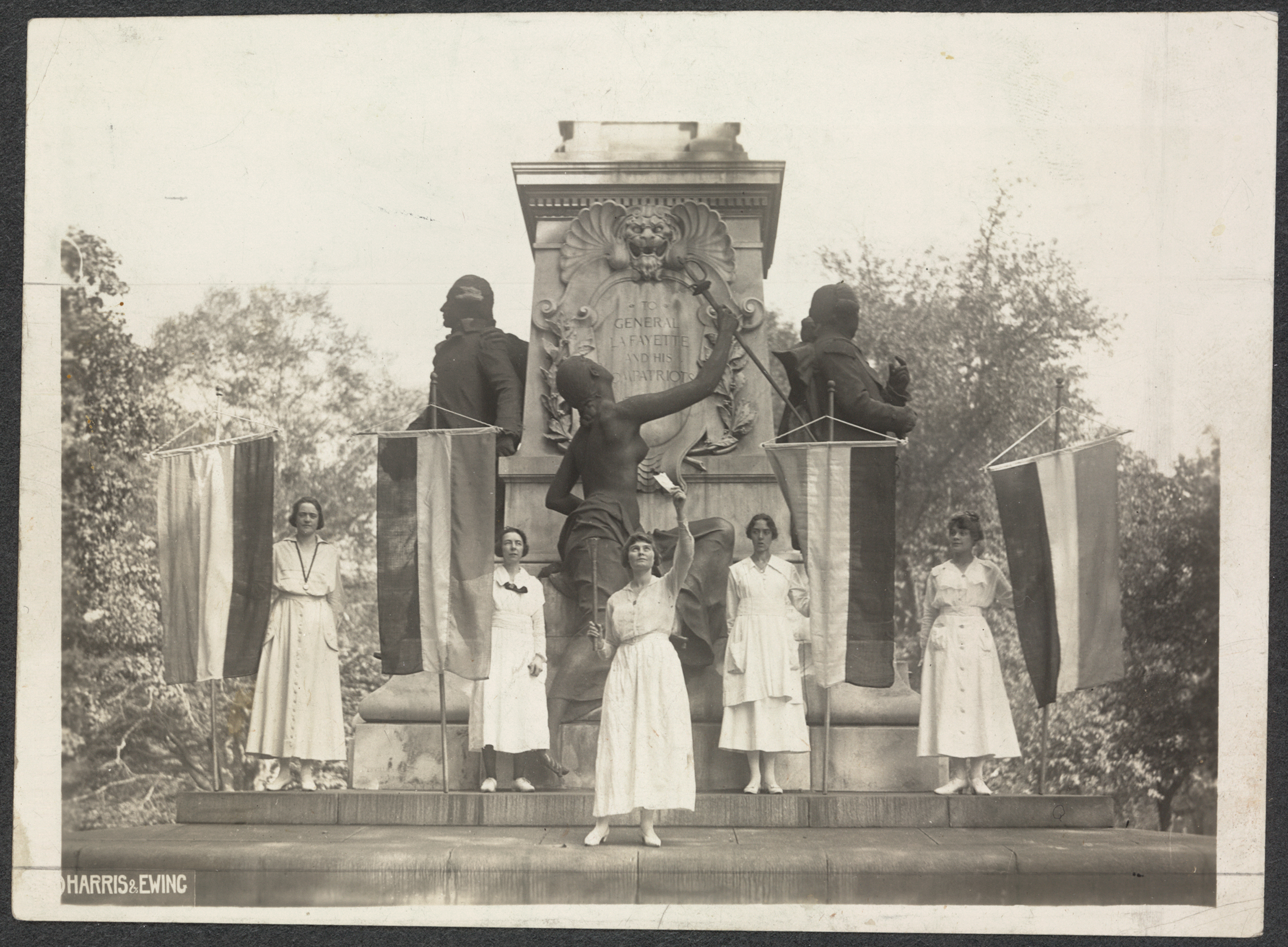 Suffrage protestors at the Lafayette statue in Washington, D.C., September 16, 1918, Harris & Ewing, 1918