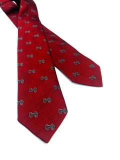 This tie is offered exclusively in the American Revolution Institute Shop.