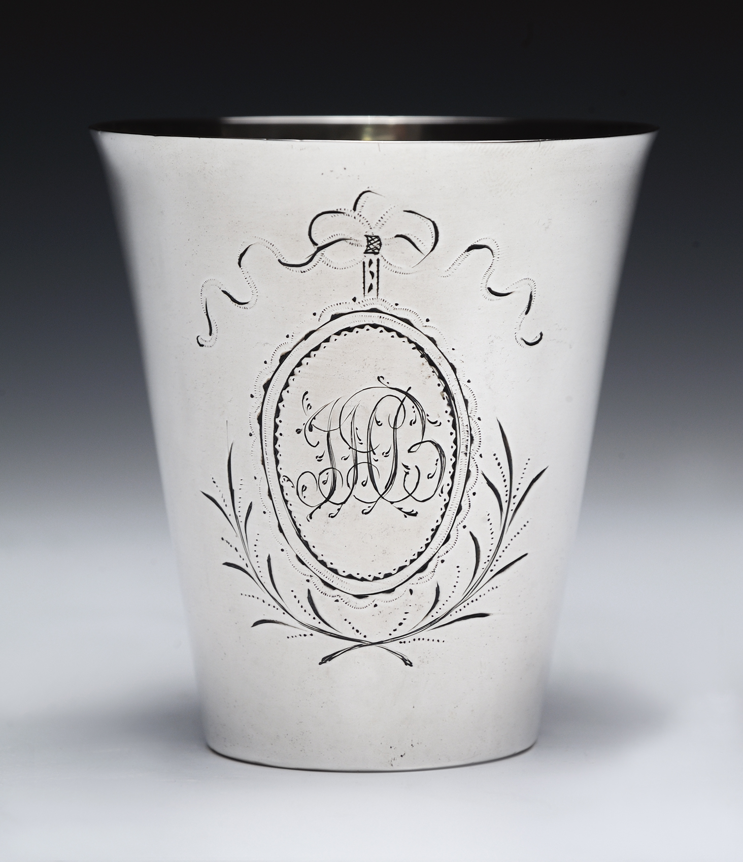 Beaker owned by John Hutchinson Buell, ca. 1795