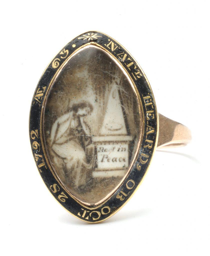 Mourning ring memorializing Nathaniel Heard, 1792