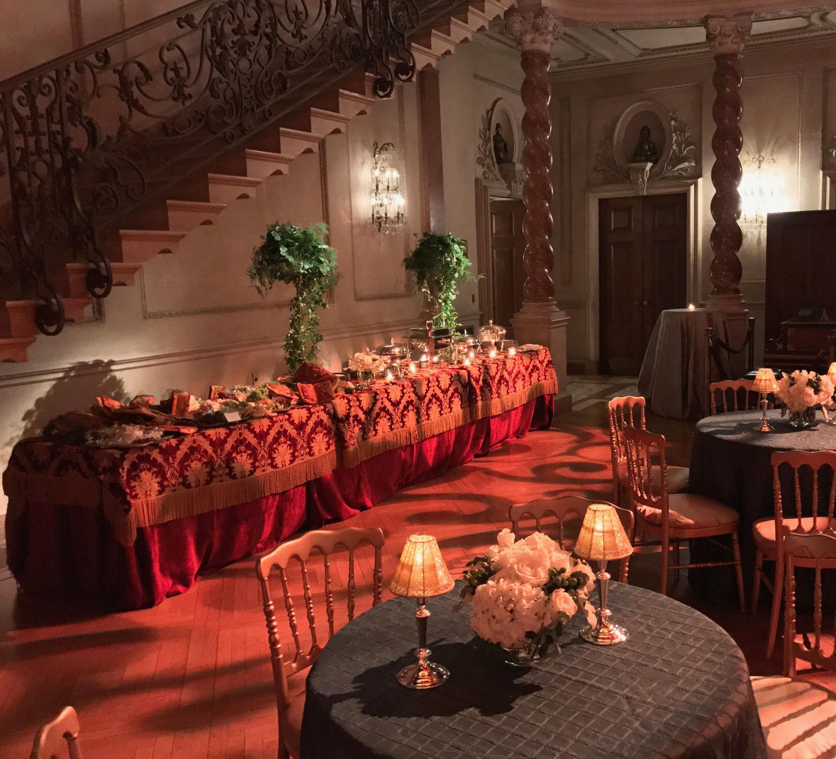 h2>Ballroom buffet</h2>