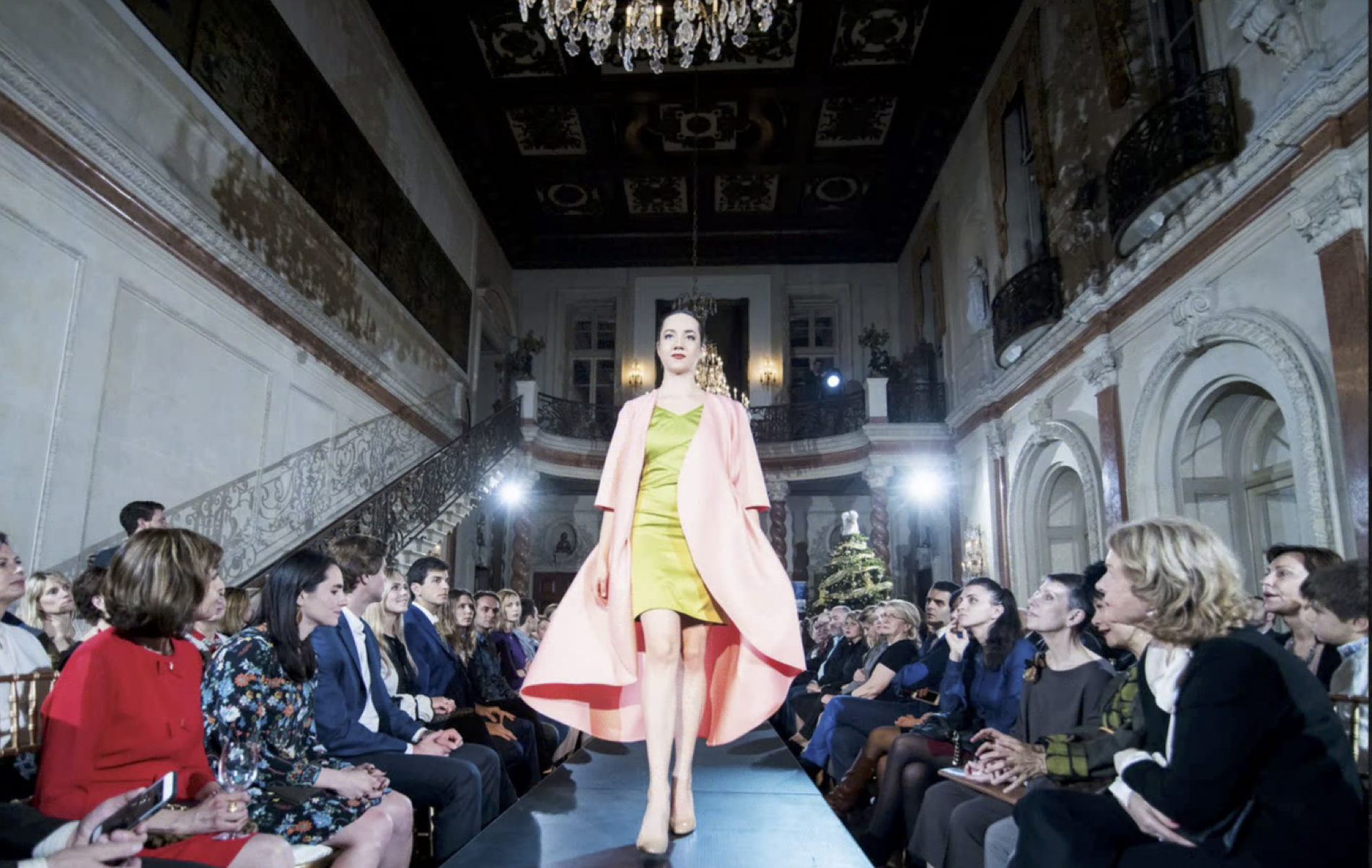 h2>Ukrainian fashions</h2>Photo by Vadym Guliuk.